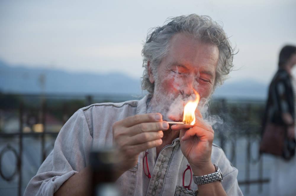 Smoking, Sundowner